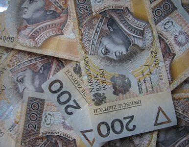 Budżet państwa zaoszczędził 2 mld zł na emerytach i rencistach