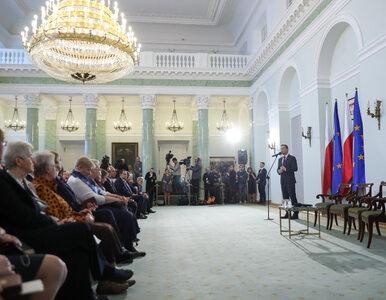 Prezydent odznaczył działaczki demokratycznej opozycji