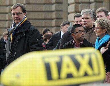 """Taksówki bez licencji? """"Znowu będziemy sobie przebijać opony"""""""