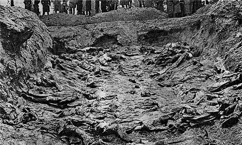 Masowy grób oficerów – ekshumacja 1943