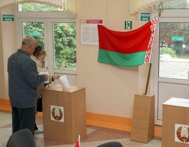 Białoruś: niezależni obserwatorzy szybko wypuszczeni
