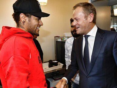 Tusk spotkał się z Neymarem i Macronem. Zgadnijcie, które zdjęcie...