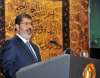 Egipt: prezydent odwołał generałów - teraz ich... odznacza