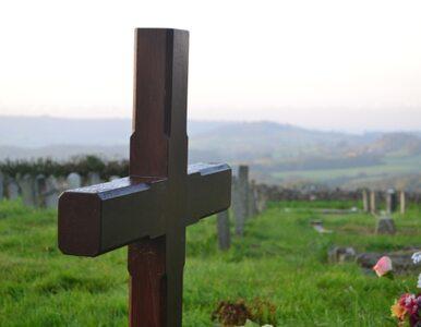 Kenia: kto wykopał zwłoki katolickiego księdza?
