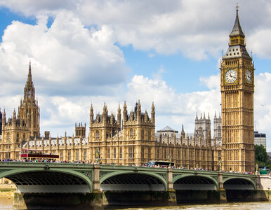 """""""The Guardian"""": W brytyjskim parlamencie działają loże masońskie"""
