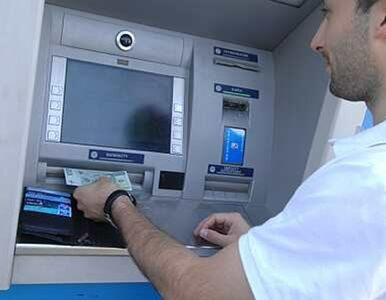 Zrabowali bankomat przy użyciu... ciągnika