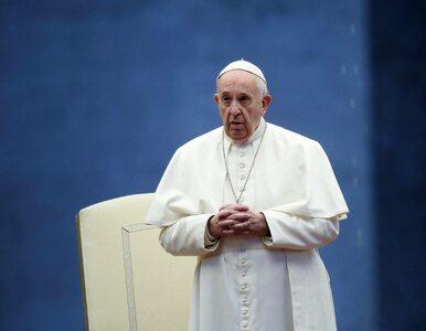 Papież Franciszek: Kapłani i medycy, którzy zmarli służąc innym są...