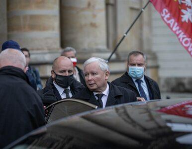 TVN24: W ochronę domu Kaczyńskiego zaangażowanych jest 18 policjantów....