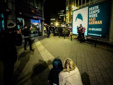 O #GermanDeathCamps w Brukseli. Billboard kontynuuje podróż