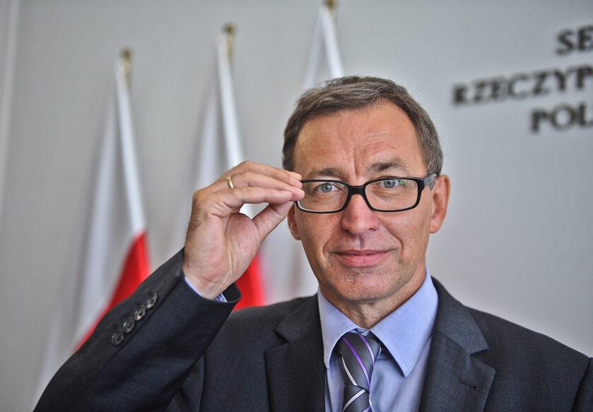 Dr Jarosław Szarek