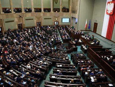 """Sejm przyjął uchwałę o objawieniach fatimskich. """"Takiego głosowania nie..."""