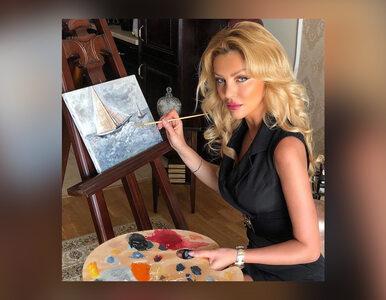 Modelka opublikowała zdjęcia, na których maluje obrazy. Zalała ją fala...