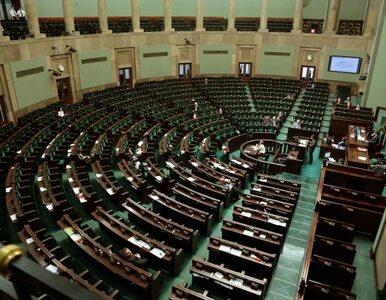 """Pięciu posłów Solidarnej Polski przejdzie do PiS? """"Nie zamkniemy ich w..."""
