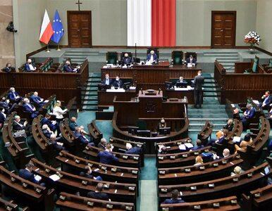 """Sejm przyjął kolejną ustawę covidową. """"Za"""" głosowała nawet opozycja"""