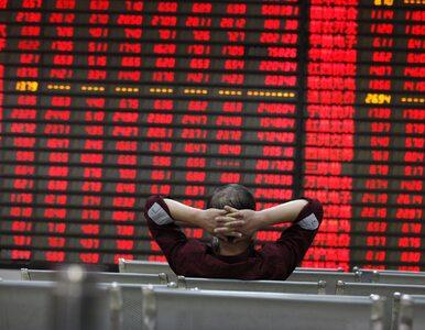 Inwestorzy uciekli z chińskiej giełdy. Brakuje 420 mld dolarów. Bank...