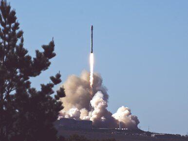 SpaceX umieścił na orbicie Ziemi 60 satelitów do transmisji internetu