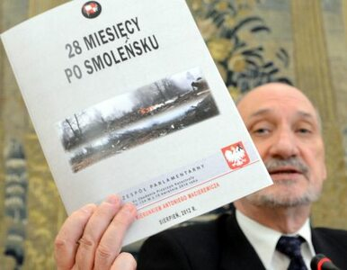 """Po 25 miesiącach Macierewicz już wie. """"Były dwa wybuchy"""""""