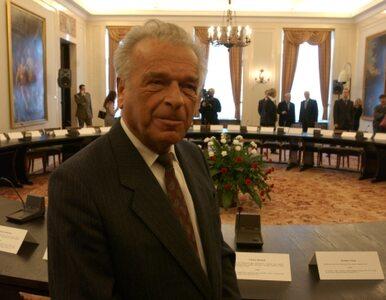 Kiszczak: Wałęsie należy się pomnik