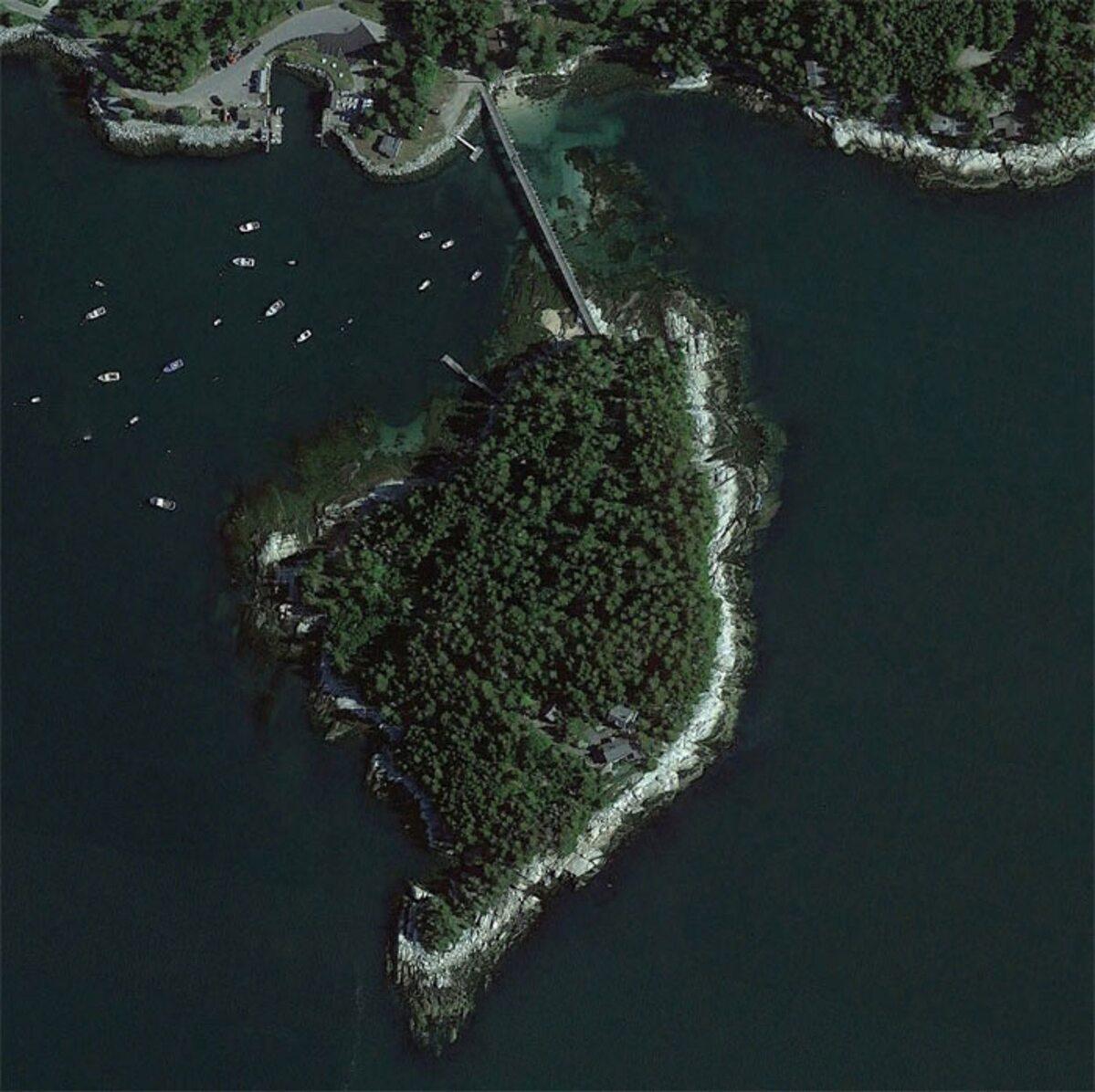 """""""Wyspa na wybrzeżu Maine"""""""