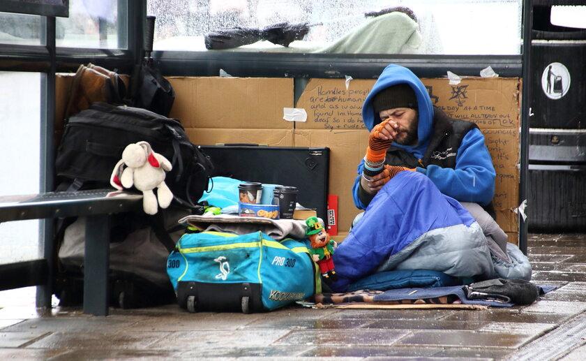 Osoba dotknięta bezdomnością w Londynie