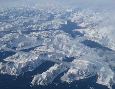 """Polscy naukowcy zakopali niezwykłą """"kapsułę czasu"""" na Spitsbergenie. Co..."""