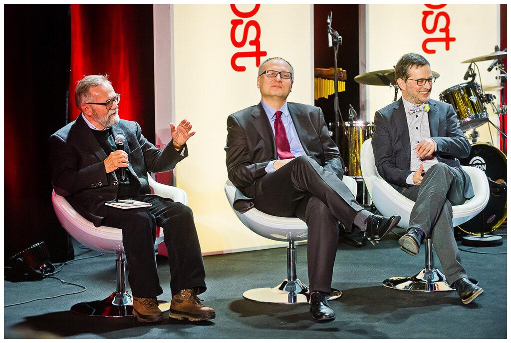Ryszard Bugaj, Paweł Lisicki, Jan Wróbel Uczestnicy debaty oksfordzkiej podczas gali wręczenia Nagród Kisiela