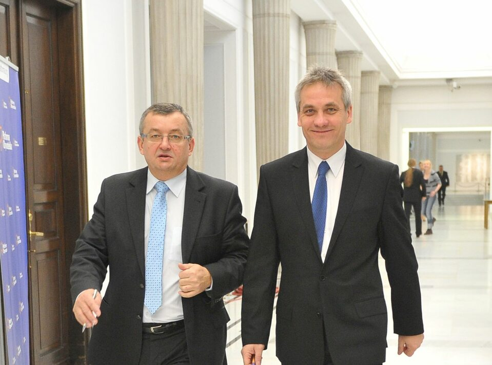Minister Andrzej Adamczyk i wiceminister Jerzy Szmit