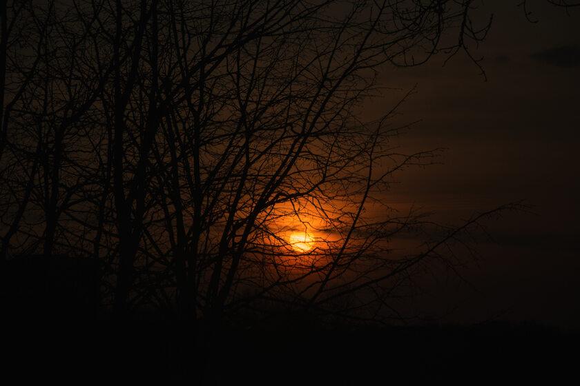 Zachód słońca, zdjęcie ilustracyjne