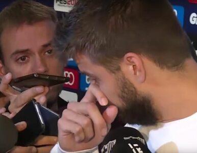 """Piłkarz Barcelony rozpłakał się na konferencji prasowej. """"Jestem gotów..."""